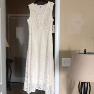 NWT Reba formal lacy dress, size 10